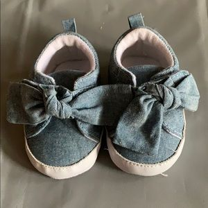 Rising Star Chambray Bow Shoes 3-6 Months